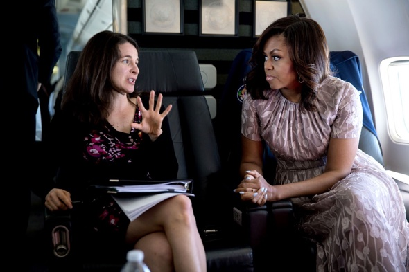 Speechwriter Sarah Hurwitz with Michelle Obama (Chuck Kennedy:The White House).