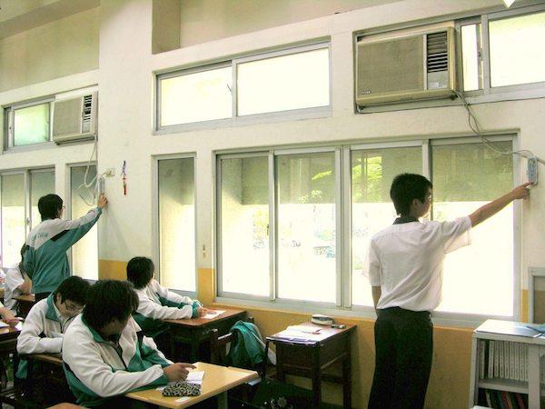 夏天天氣炎熱,教室裝冷氣成為話題。 圖片來源:聯合新聞網