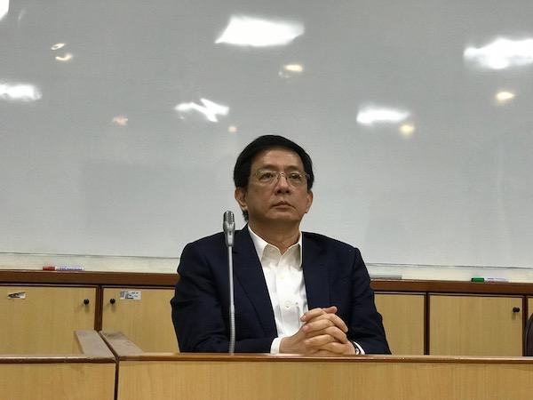 管中閔在合議庭中發言缺乏法治精神。 圖片來源:NOWNews