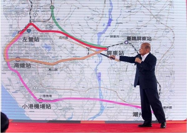 閣揆蘇貞昌解說高鐵南延各種方案。 圖片來源:聯合新聞網
