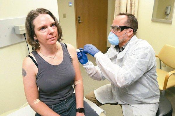新冠病毒疫苗加速研發到量產也要一年以上。 圖片來源:聯合新聞網