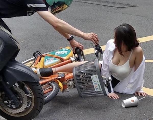 常有女性因美貌或清涼照而被網路肉搜。 圖片來源:三立新聞