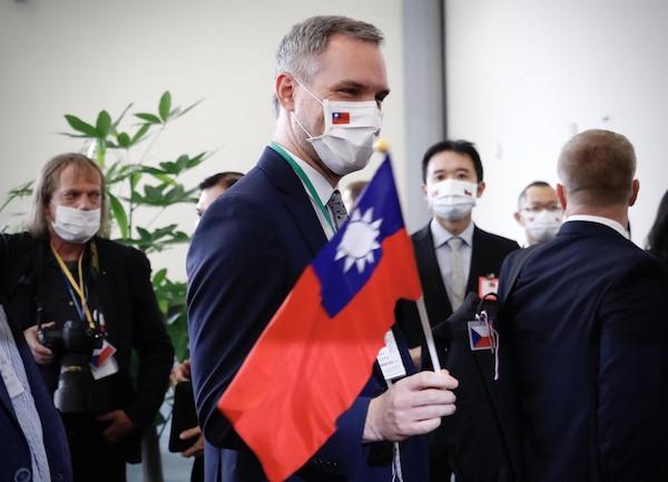捷克議長無懼中國壓力,率團訪台。 圖片來源:芋傳媒