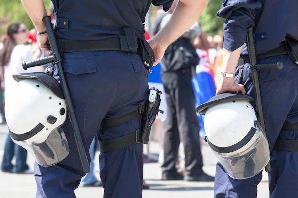 當警察執法過當變成溫和暴政。 圖片來源:聯合報