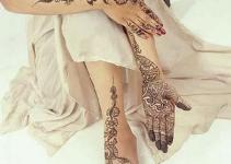 Latest and Beautiful Arabic Mahndi Designs Collection 2012 For Girls