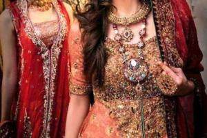 Latest Stunning Wedding Dresses For Brides By Khawar
