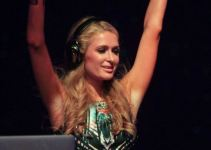 Singer Paris Hilton Talented DJ Images Gallery (10)