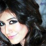 Syra Yousuf hot smile