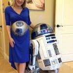 R2-D2 auf dem Babybauch