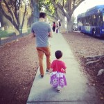 Seth Menachem unterwegs mit seinem Sohn Asher. Warum auch nicht. (Foto: Seth Menachem)