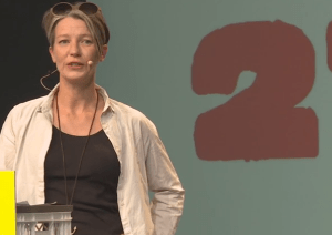 Tanja Häusler präsentiert auf der re:publica 15 gemeinsam mit ihrem Mann Johnny die erstmals die TINCON (Screenshot)