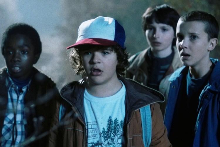 """Trauen manchmal ihren Augen nicht, aber immer ihren Herzen: Lukas, Dustin, Mike und Eleven in """"Stranger Things"""" (Foto: Netflix)"""