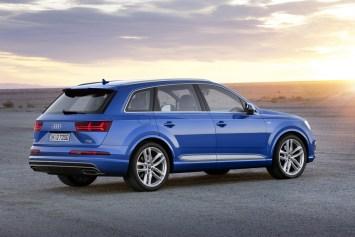 vue profil Audi Q7 2015