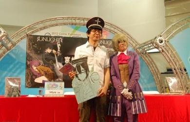 Miya 老師與熱情的Cosplay讀者合照