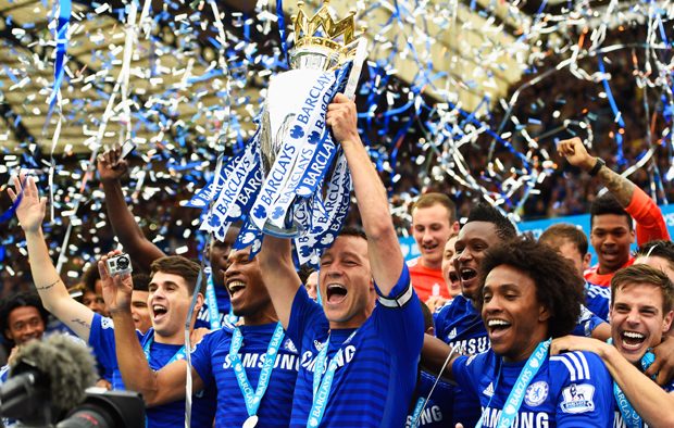 LONDON, ENGLAND - MAY 24:  John Terry of Chelsea celebrates with the trophy after the Barclays Premier League match between Chelsea and Sunderland at Stamford Bridge on May 24, 2015 in London, England. Chelsea were crowned Premier League champions.  (Photo by Mike Hewitt/Getty Images)