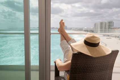 L'Atelier Residences Miami Beach - Relaxing enjoying the view