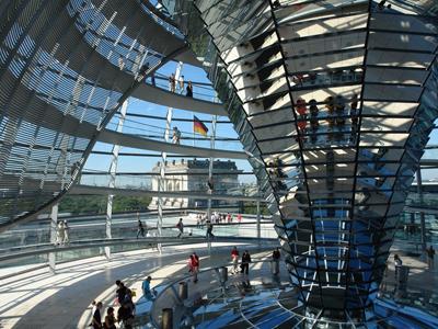 القبة الزجاجية للبرلمان الألماني