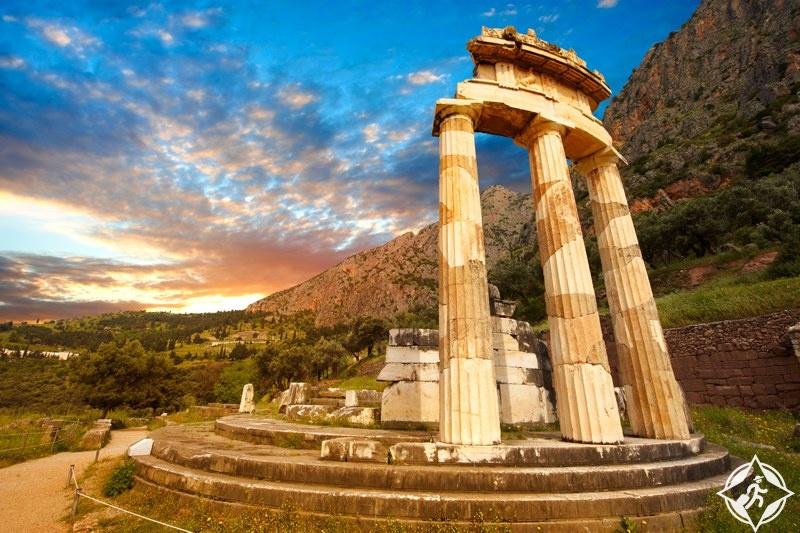 16 معلومة قد تعرفها للمرة الأولى عند السياحة في اليونان