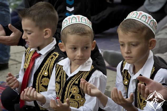 صلاة العيد في بريشتينا