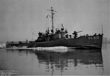 PC-815 running trials on the Columbia River in Oregon, 1943