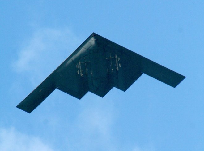 Midwest Mystery Jets are Actually B-2 Stealth Bombers