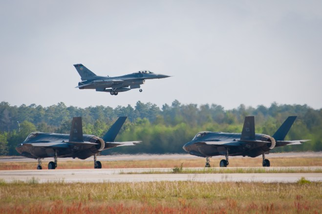 Pentagon Grounds All F-35s