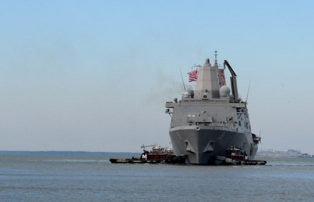 USS Mesa Verde (LPD-19) arrives at Naval Station Norfolk on Oct. 31, 2014 as part of the Bataan Amphibious Ready Group following a deployment. US Navy Photo