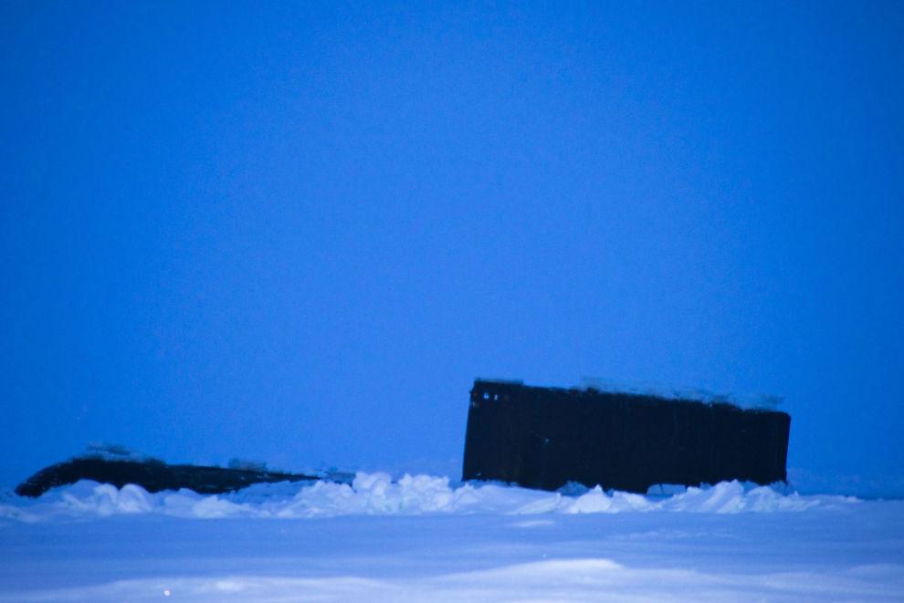 Photo from Audun Tholfsen and Yngve Kristoffersen of an alleged Russian ballistic missile submarine.