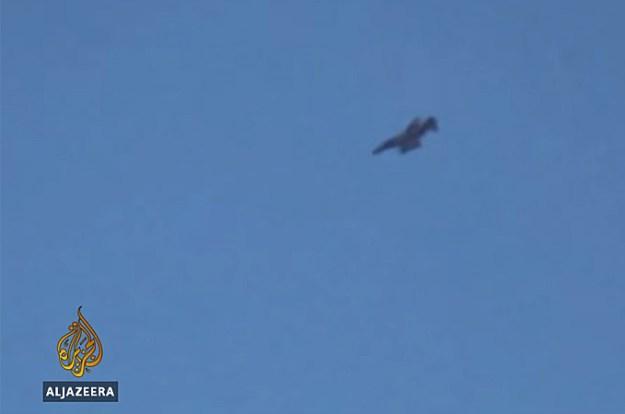An aircraft believed to be an Iranian F-4 Phantom II operating over eastern Iraq. Al Jazerra image.