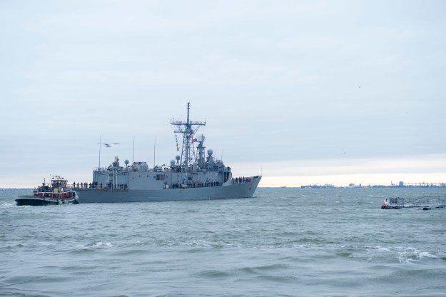 USS Kauffman (FFG-59) departs Naval Station Norfolk for its final deployment. US Navy Photo