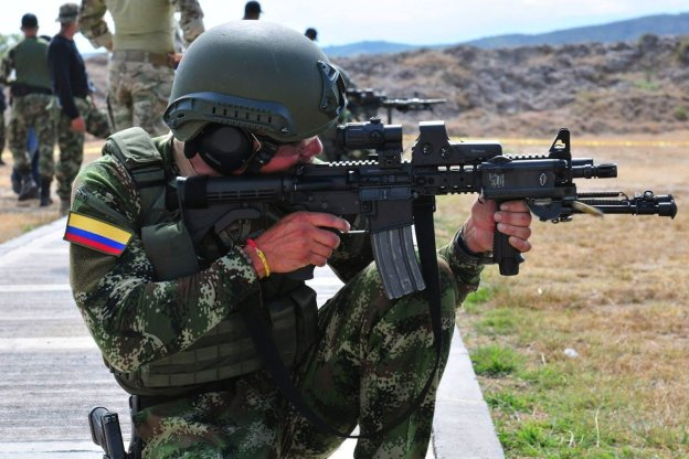 SOUTHCOM Commander: Colombia is 'Bright Shining Example' of Ongoing Drug War Efforts