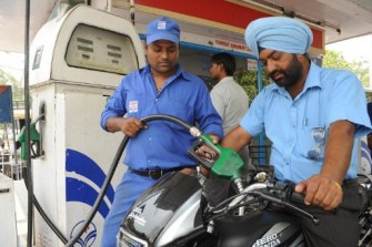 Petrol prices cut by Rs.2 a litre