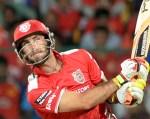 Side strain rules Punjab batsman Glenn Maxwell out of IPL