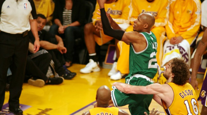 Ray Allen drives to the basket against the Los Angeles Lakers in Game 6 of the NBA Finals./Photo courtesy of Burt Harris, HGSTAR1News