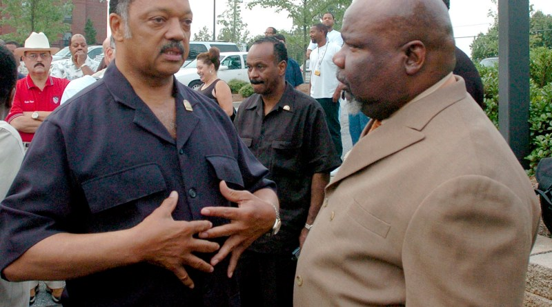 "Bishop T.D. Jakes and the Rev. Jesse Jackson converge at the ""Keep the Vote Alive"" march celebrating the 40th anniversary of the Voting Rights Act in 2005./Reggie Sanders/PRNewswire"