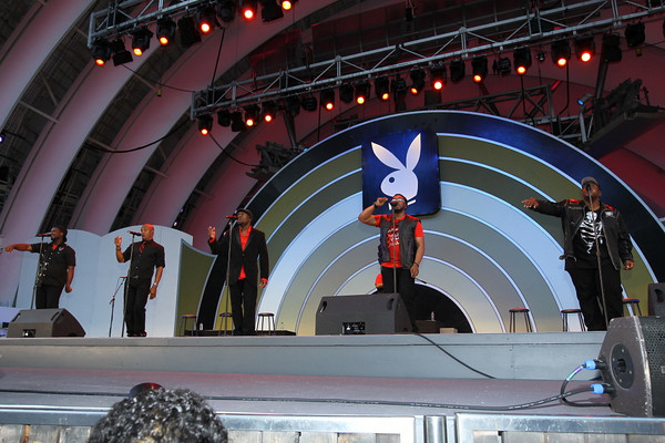 Naturally 7 at the 2011 Playboy Jazz Festival. Photo by Mario /News4usonline.com