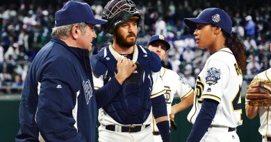 Kylie Bunbury gives 'Pitch' the right groove