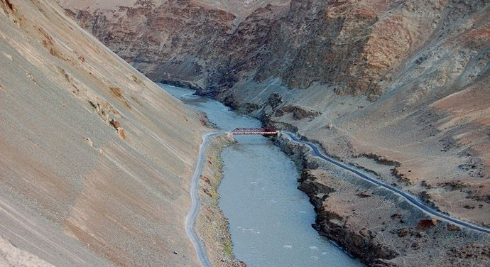 What happens to PAK if  India break Sindh river agreement