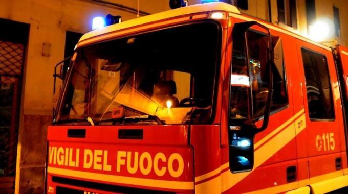 Roma, italiana di 22 anni trovata morta carbonizzata in via della Magliana