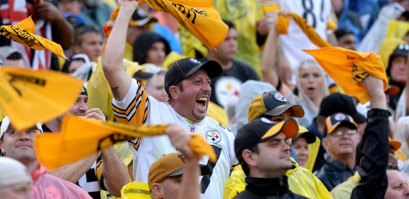 Matt Freed/Post-Gazette Steelers fans cheer on their team against the Bengals in the fourth quarter Sunday at Heinz Field.
