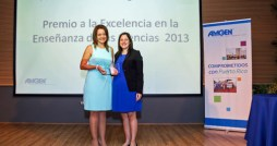 From left: Luz Burgos and Annette Rodríguez, Amgen's senior communications manager