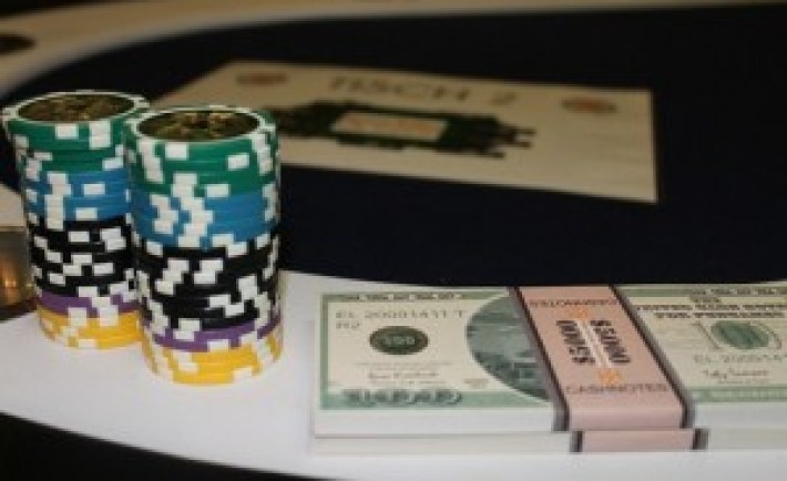 poker-300x196
