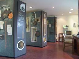 Blick in die Ausstellung zu den Kleinzechen an der Ruhr. Foto: LWL/Hudemann