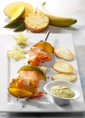 Krabben-Lachs-Spieße mit exotischem Dip (laktosefrei) Foto: Wirths PR