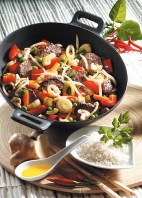 Reis-Rezepte: Gemüsepfanne mit Rindfleisch Foto: Wirths PR