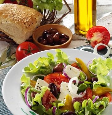 Käse-Rezepte: Leichter Bauernsalat Foto: Wirths PR