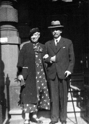 Hedwig und Isidor Reiling in Mainz, aufgenommen um 1935 Foto: hr/Anne Radvanyi, Berlin Abdruck: honorarfrei