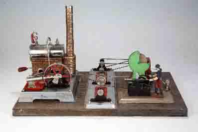 Altes Spielzeug: Dampfmaschine Foto: Hamaland-Museum