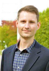 Christoph Dockweiler fordert, dass Ärzte und Patienten stärker als bislang über die Chancen und Grenzen von Telemedizin aufgeklärt werden. Foto: Universität Bielefeld