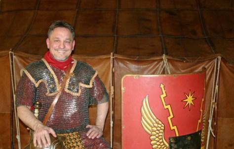 Er weiß so einiges zu berichten: der Legionär M. Crassus Fenestela Foto: LWL